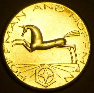 Coin picture of obverse of a 1 ounce silver US Hoffman and hoffman silver unicorn round ingot 1981
